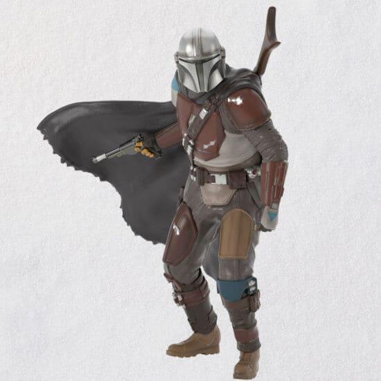 Keepsake Star Wars surprises mandalorian