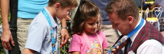 kids pin trading with cast membr