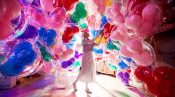 disney balloon room