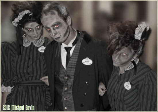 Haunted Mansion and Tower of Terror Snile dont Smarl