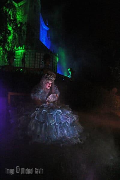 DIY Haunted Mansion FX Lady Carolotta