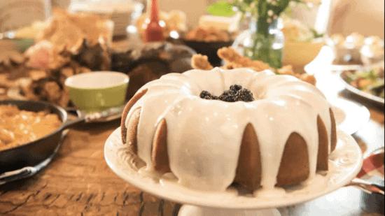 homecomin moonshine cake