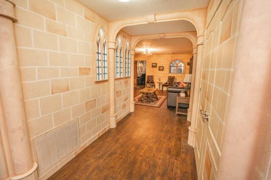 'Harry Potter' Inspired Vacation hallway