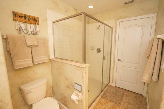 'Harry Potter' Inspired Vacation bathroom