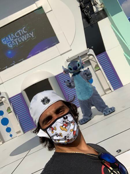 Socially-distanced Selfie with Stitch in my Disney mask