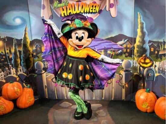 minnie halloween dine