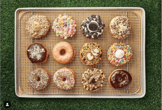 disney springs everglazed donuts