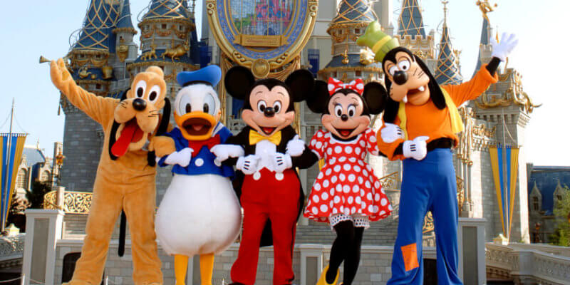 mickey-and-friends-by-castle