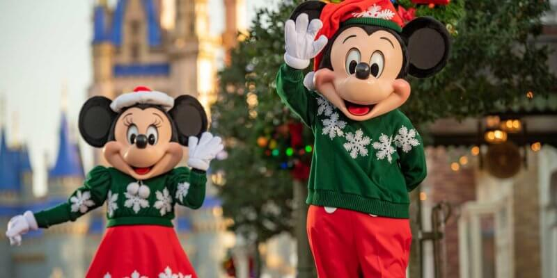 mickey minnie cinderella castle christmas
