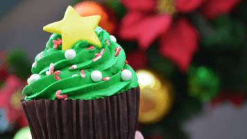 disney christmas cupcake