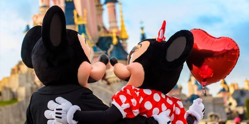 Valentine's Day Disneyland Paris