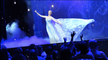 elsa frozen a musical spectacular dcl