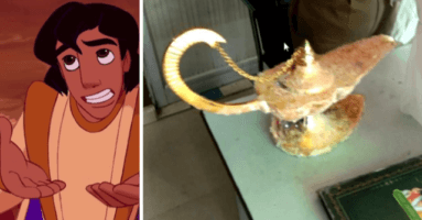 men sell fake aladdin lamp to doctor from india