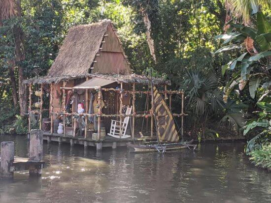 jungle cruise decorated for christmas