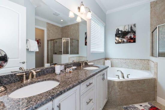 Master Suite 2 - Bathroom