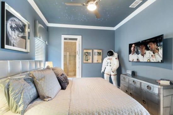 Master Suite 3 - Bedroom