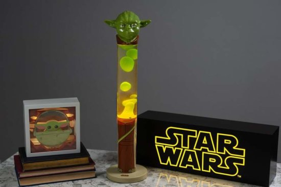 Jedi Master Yoda 18-Inch 3D Top Motion Lamp