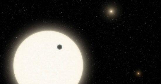 three-sun-planet-nasa-1253046