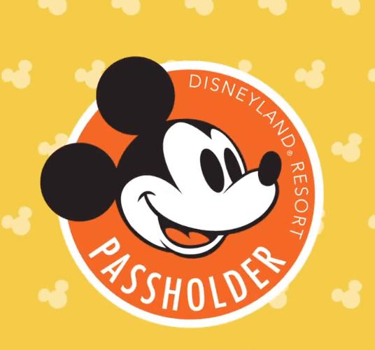 disneyland annual passholder