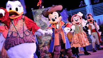 disney cruise line pirate night characters