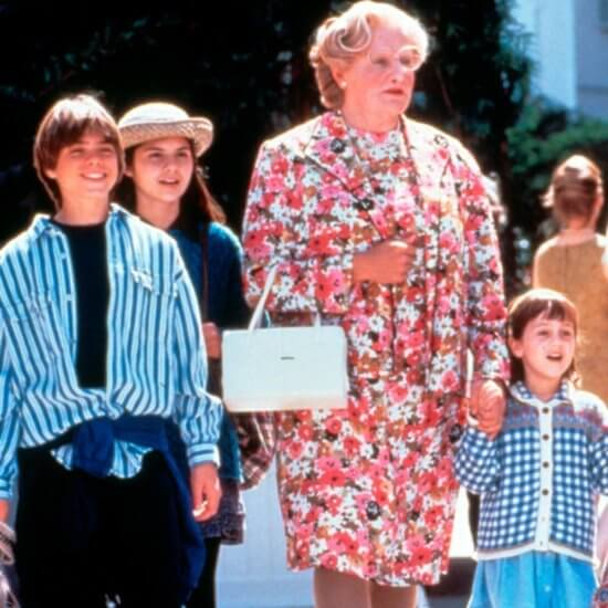 robin williams as mrs doubtfire with children
