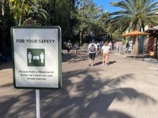 Safety sign Adventureland