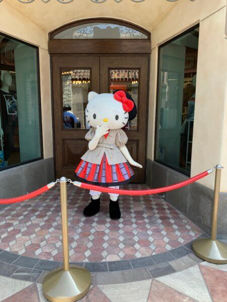 Hello Kitty Universal Hollywood