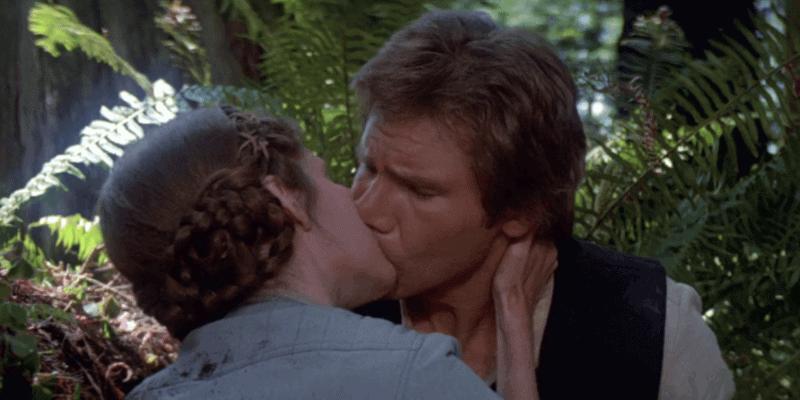 princess leia and han solo kissing on endor