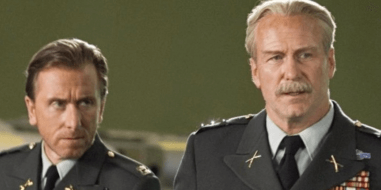 tim roth as emil blonksy aka the abomination (right) and william hurt as general thaddeus thunderbolt ross (left)
