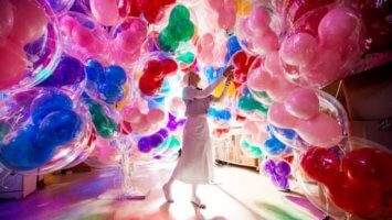 disney world balloons