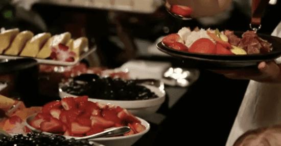 aulani luau buffet