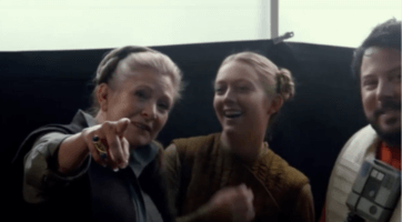 carrie fisher and billie lourd laughing on star wars set