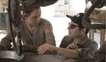daisy ridley (left) and jj abrams (right)