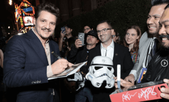 pedro pascal signing autographs