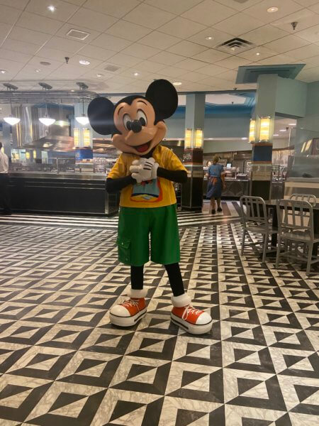 mickey hollywood and vine