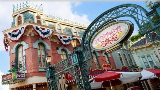 Corner Café in Disneyland Resort