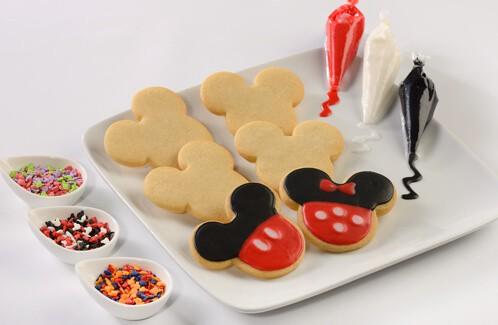 disney dinner kit dessert mickey cookies