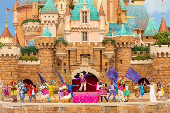 Follow Your Dreams Stage Show in Hong Kong Disneyland