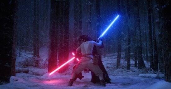 kylo ren and rey lightsaber battle