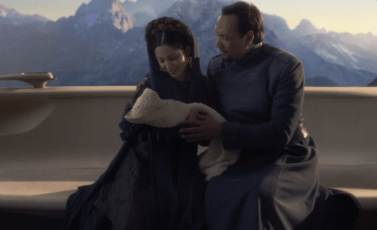 queen breha (left) and bail organa (right) with baby leia