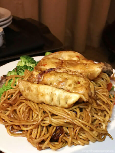 twlight feast ohana noodles - disney tips and trip reports