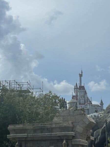 beauty and the beast castle magic kingdom