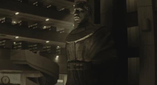 kang statue loki finale