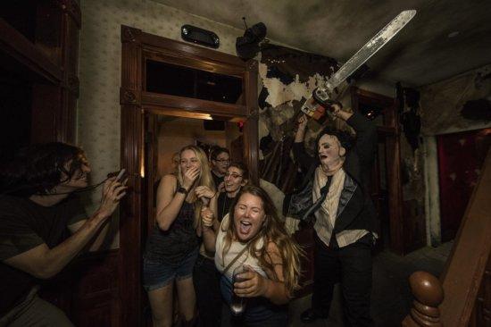 Texas Chainsaw Massacre Halloween Horror Nights