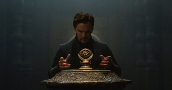 benedict cumberbatch as doctor strange getting the eye of agamotto