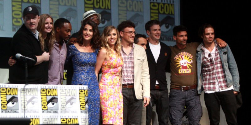 captain america winter soldier cast with kevin feige at comic con 2013
