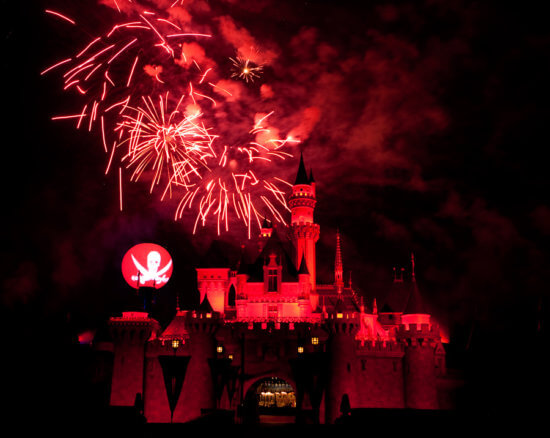 halloween screams disneyland