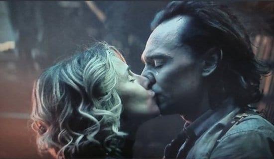 left Sylvie right Loki kissing