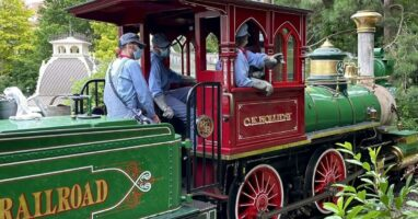 disneyland paris train engine