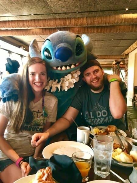 breakfast at ohana with stitch